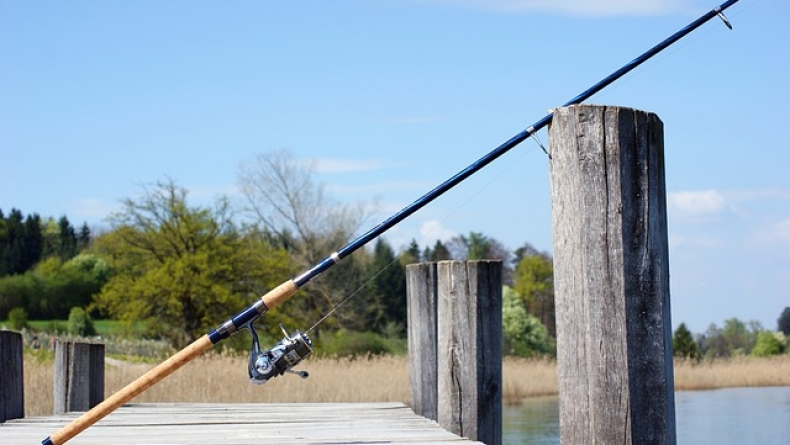 fishing_rod_326843_640.jpg